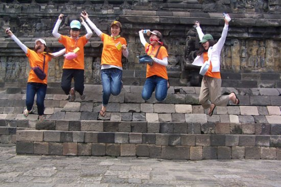 Borobudur Jump!!